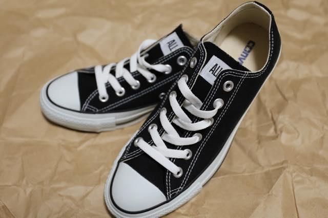 筋トレ時の靴はコンバース